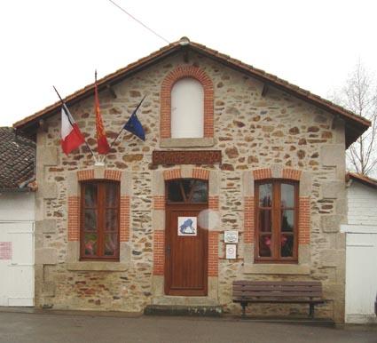 bibliotheque-espace-panazo-st-martin-de-jussac_2.jpg