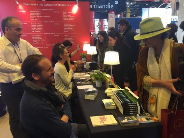 Promotion d'un livre au salon du livre de Paris